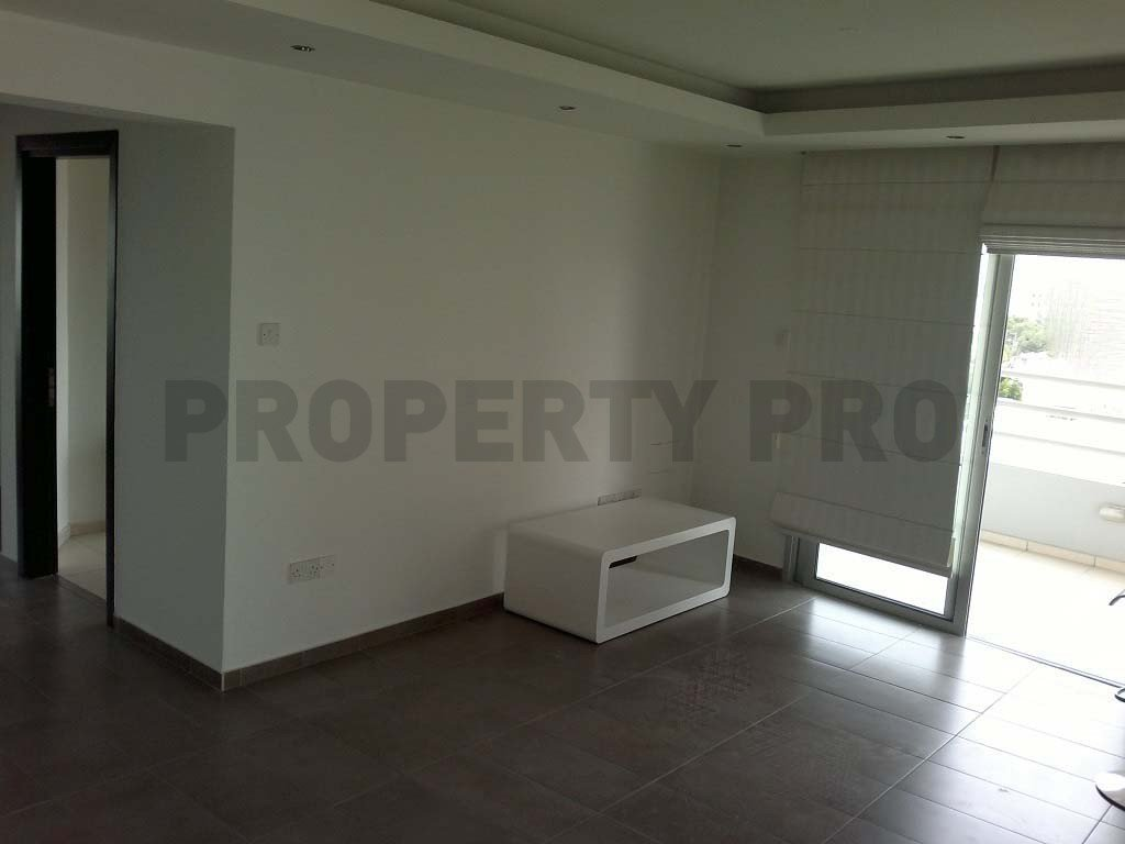 For Sale, 2-Bedroom Penthouse in Acropoli, Strovolos