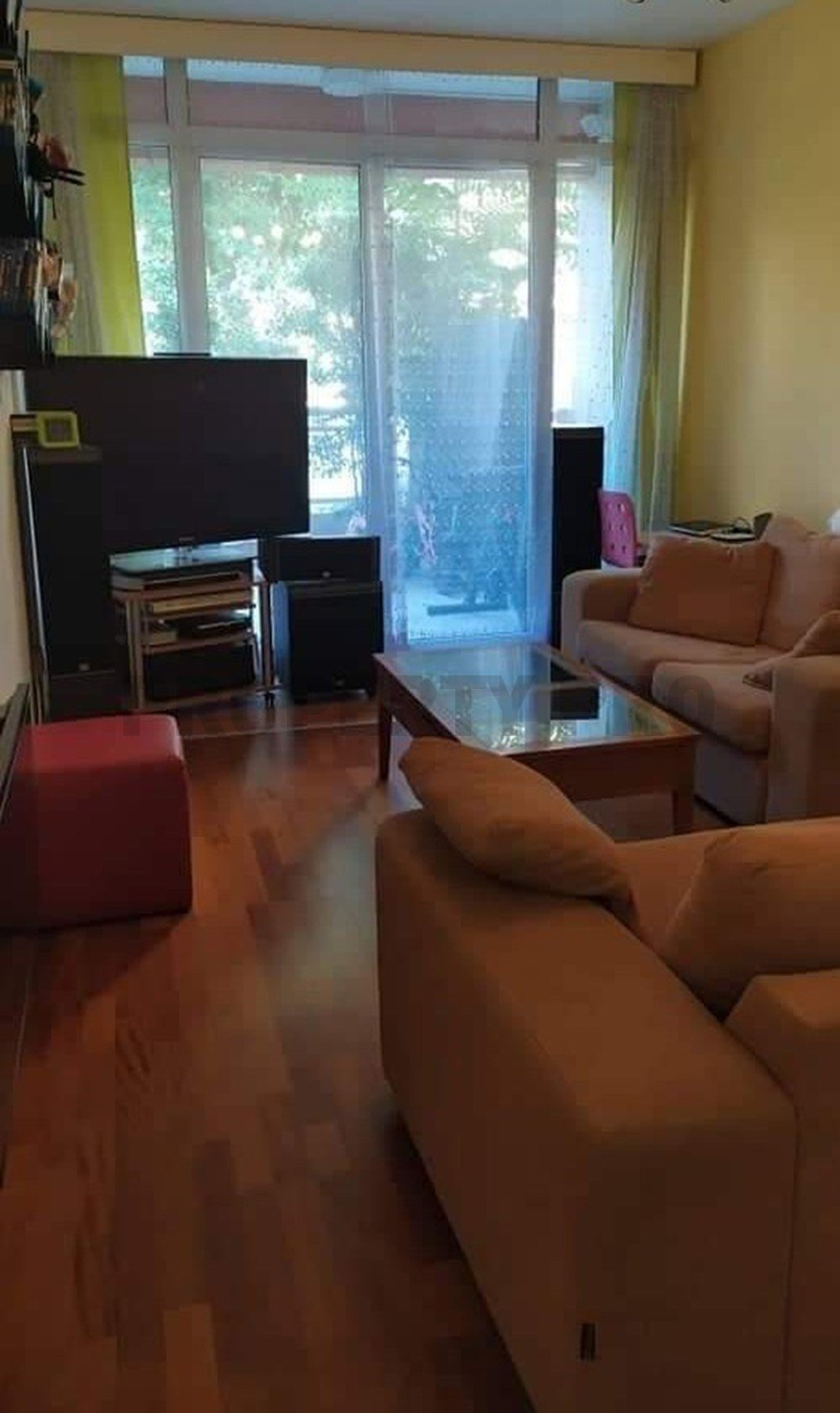 For Sale, Two-Bedroom Ground Floor Apartment in Agioi Omologites