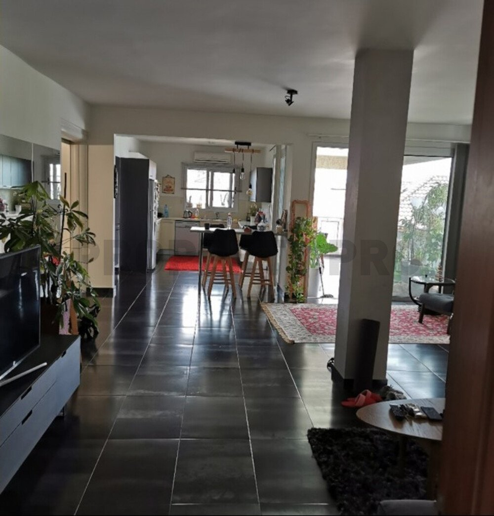 For Sale, Three-Bedroom Apartment in Kallithea
