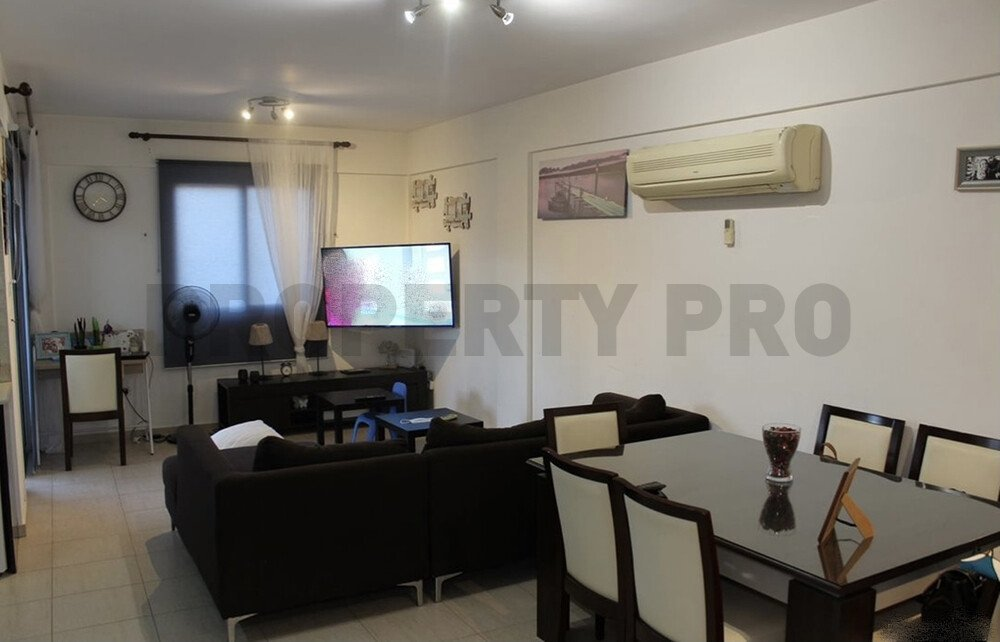 For Sale, Two-Bedroom Apartment in Dali